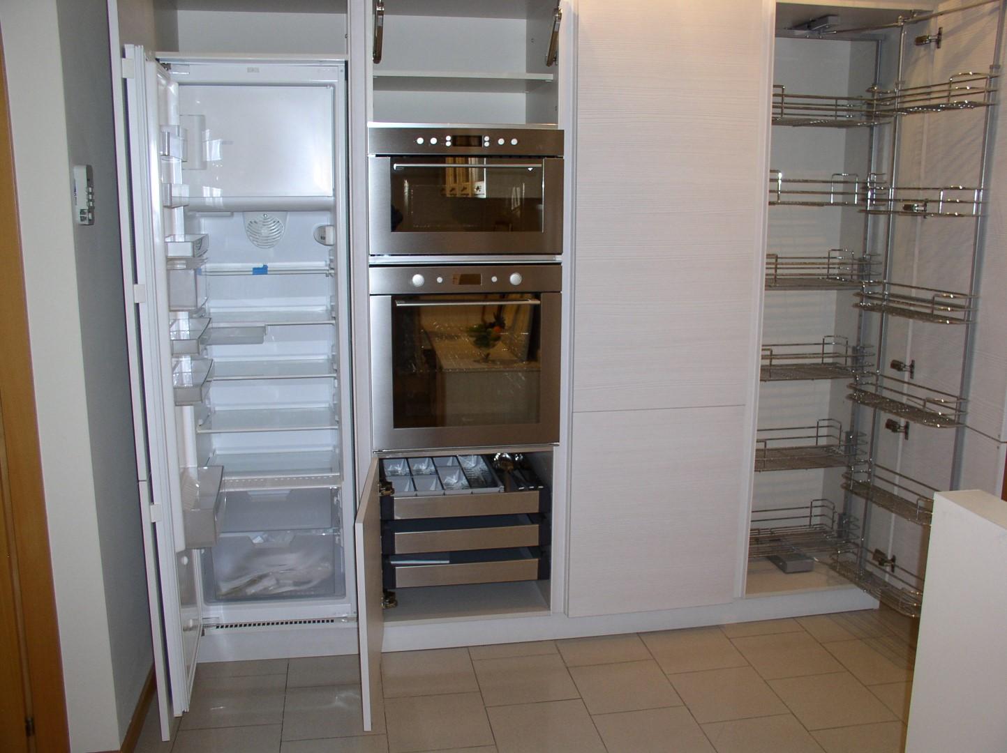 colonne Dispensa Cucina – Piana Arredamenti